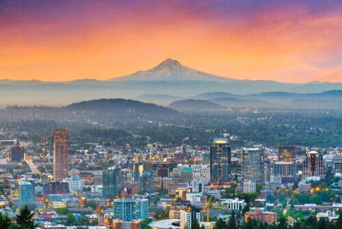 Portland, Oregon, downtown skyline with Mt. Hood at dawn